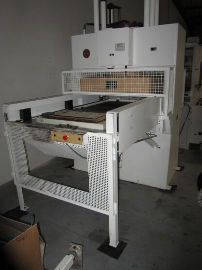 THERMFORMING MACHINES VILLA WITH CUTTING LINE PRESS